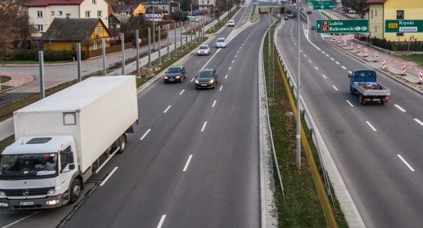 Gospodarka, firmami transportowymi zebrały czarne chmury - zdjęcie, fotografia
