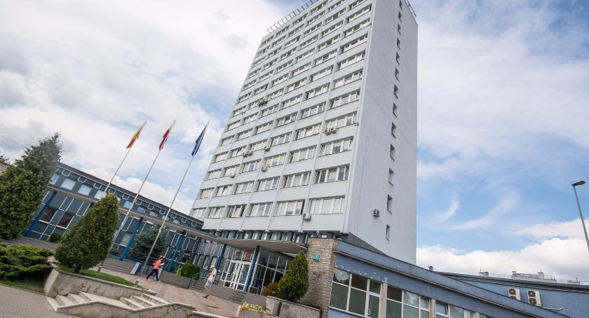 Felietony, gmina Absolutorium czyli historia która powtarza - zdjęcie, fotografia