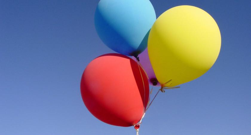 Styl życia, Będzie rekord przekłuwaniu balonów - zdjęcie, fotografia