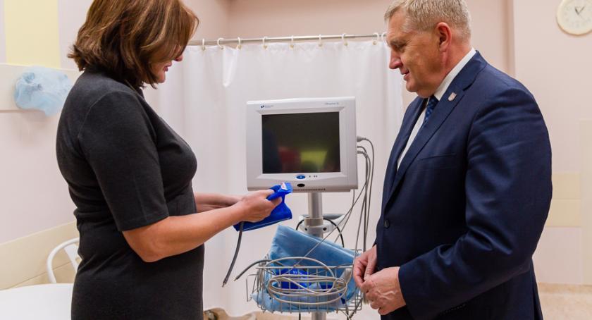 Wiadomości, Miasto dołożyło szpitalowi kardiomonitor - zdjęcie, fotografia